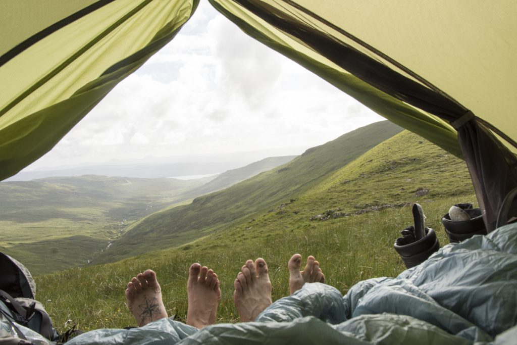 Our travel gear is adapted to our travel style when we camp wild a lot. This picture is from Camping at Trotternish Ridge at Isle of Skye in the summer of 2017