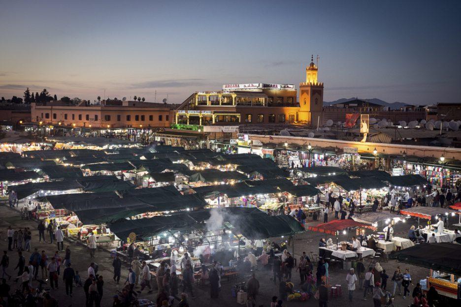 Maroko s dětmi: Marakéš, náměstí Jama el Fna
