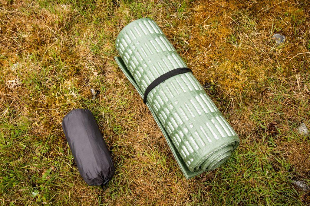 Karimatka Therm-a-Rest Neo X Lite v porovnání s klasickou pěnovou karimatkou