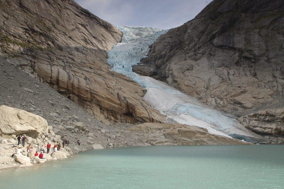 Ledovcový splaz Briksdalsbreen v národním parku Jostedalsbreen