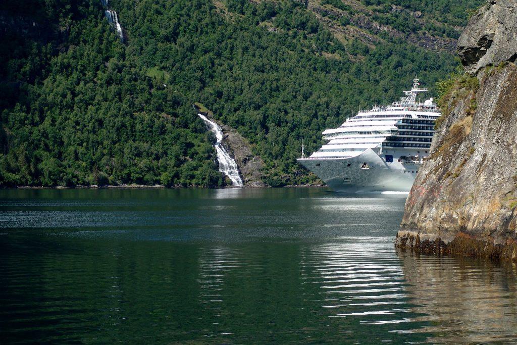 Masový turismus v Norsku: Výletní lodě v Geirangeru