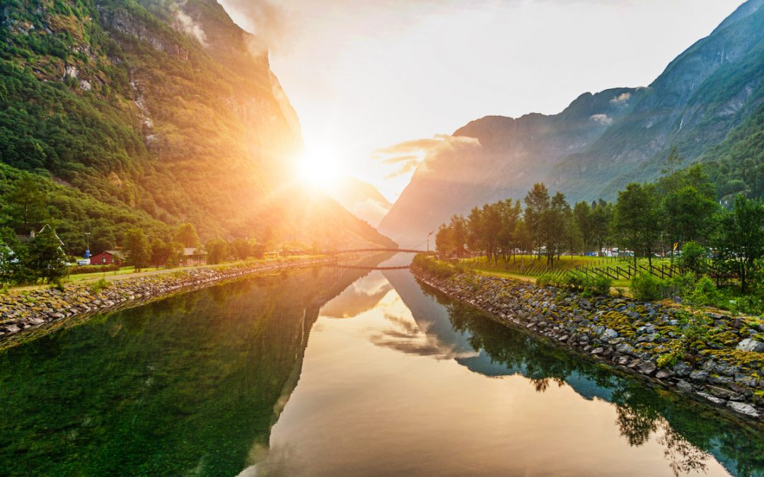 Nejkrásnější norské fjordy a aktivity okolo nich