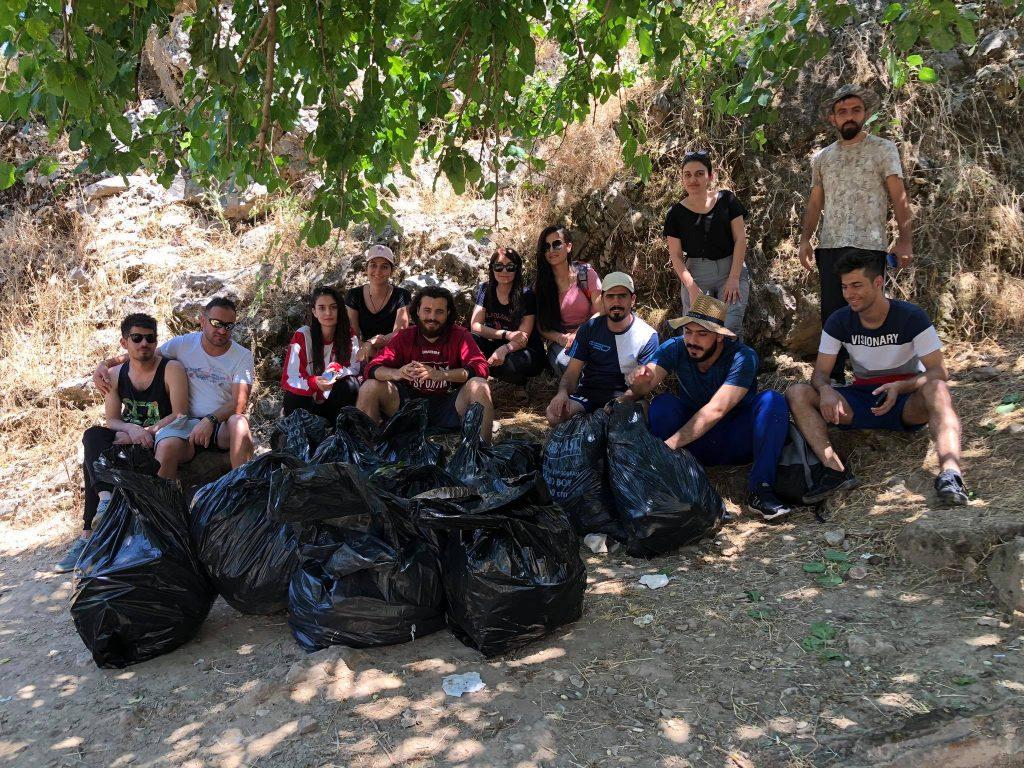 Sbírání odpadků v Iráku