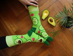cestovatelské dárky vtipné a veselé ponožky dedoles