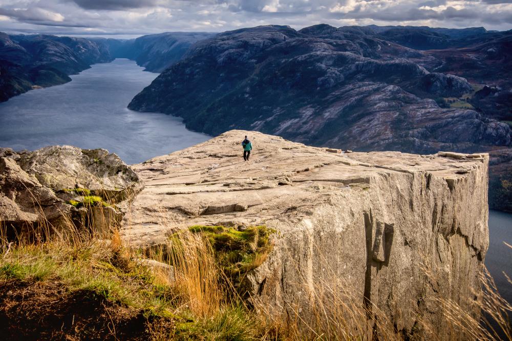 Best hikes in Norway: Preikestolen (Pulpit rock)