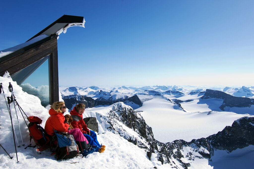 Best hikes in southern Norway: The top of Galdhøpiggen - the highest mountain in Norway