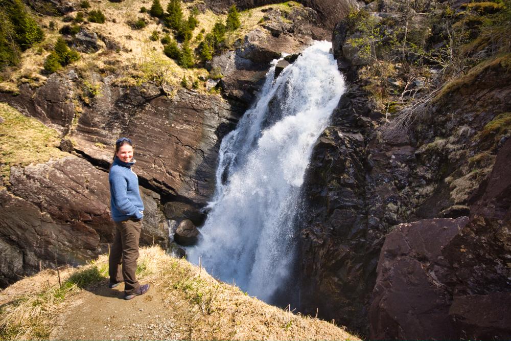 Vyhlídka na vodopád Låtefossen