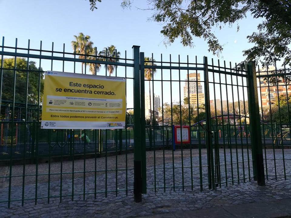 Zavřené parky a památky v Buenos Aires v době karantény