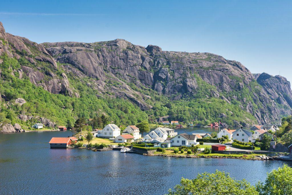 Vesnice Roligheten v jižním Norsku