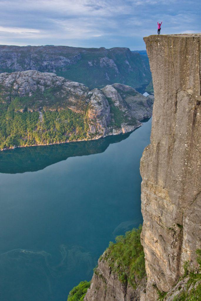 Skalní kazatelna Preikestolen v Norsku praktické informace